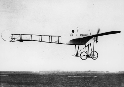 old-airplane-106